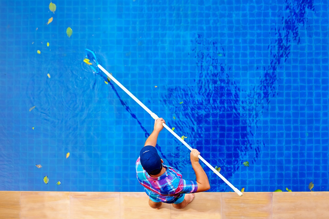 CERC jobs_summer student cleaning pool